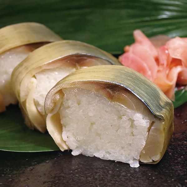 写真:おっぱ寿司(さば棒寿司)