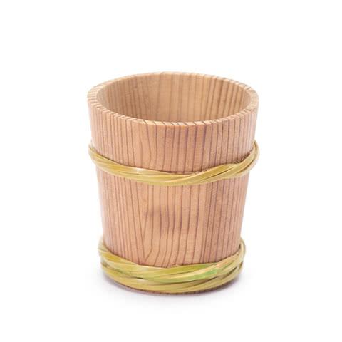 写真:杉樽型ぐいのみ